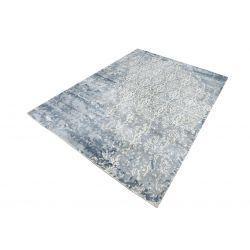 Vintage jemný koberec...