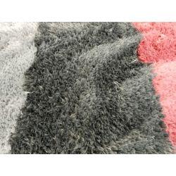 Antracitový shaggy koberec Cloud 500