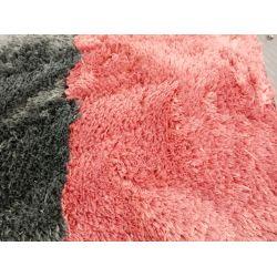 Rúžový shaggy koberec Cloud 500