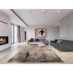 Šedo hnedý až béžový koberec sa ideálne hodí do modernej obývačky. Je príjemný na nohy, výborne tlmí hluk.