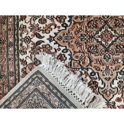 Klasický koberec Kashmir seide 18/18 creme